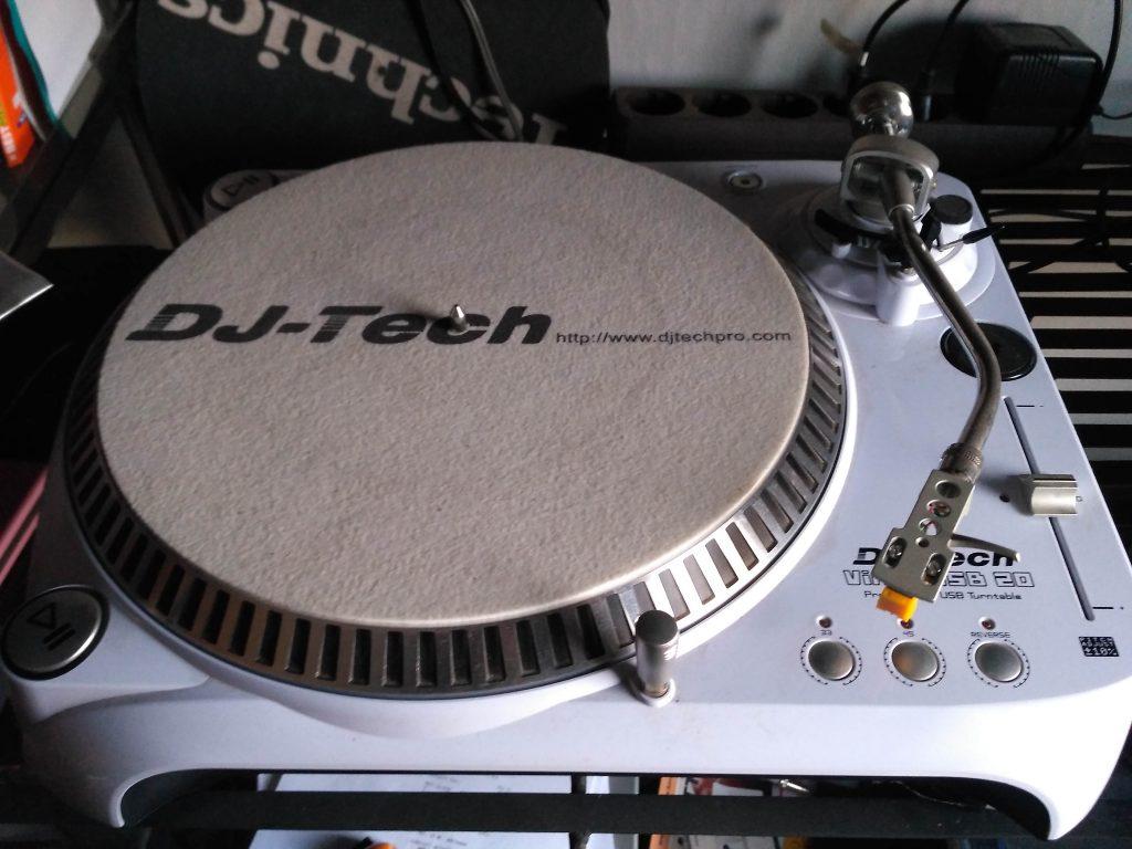 DJ Tech Schallplattenspieler, gebraucht, Best Music Schallplattenladen Twiste