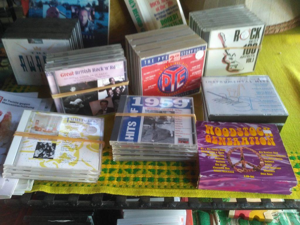 CD Boxen, Rock R'n'R 50-80ties Best Music Schallplatten und CD Laden Twistetal Twiste - Nähe Korbach